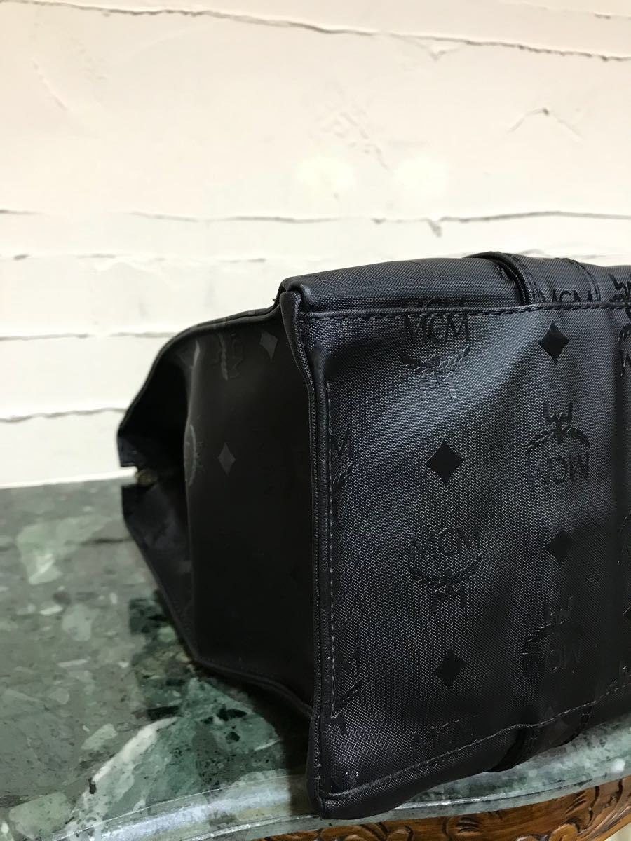 美品 ドイツ製 旧MCM VINTAGE ショルダーバッグ PVCレザー ヴィンテージバッグ トートバッグ 肩掛け 大容量 黒