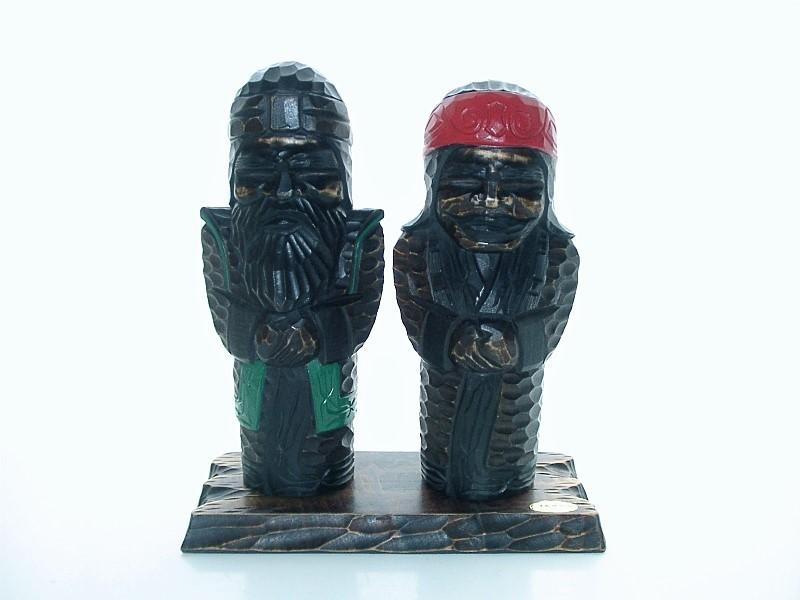 ★全国送料無料! 北海道 アイヌ 木彫り人形 木彫民芸品 ウポポイ_画像1