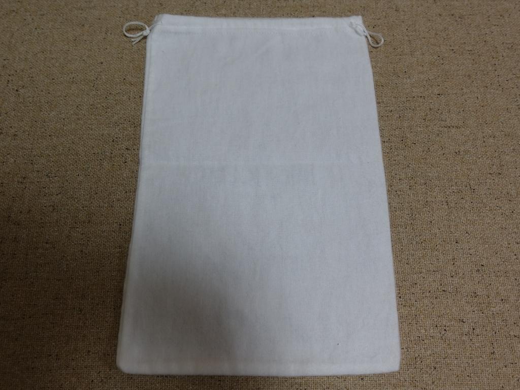 新品未使用 MONCLER(モンクレール)の袋 / 巾着 保存袋 ポーチ ロゴ ワッペン エンブレム フランス メンズ_画像4