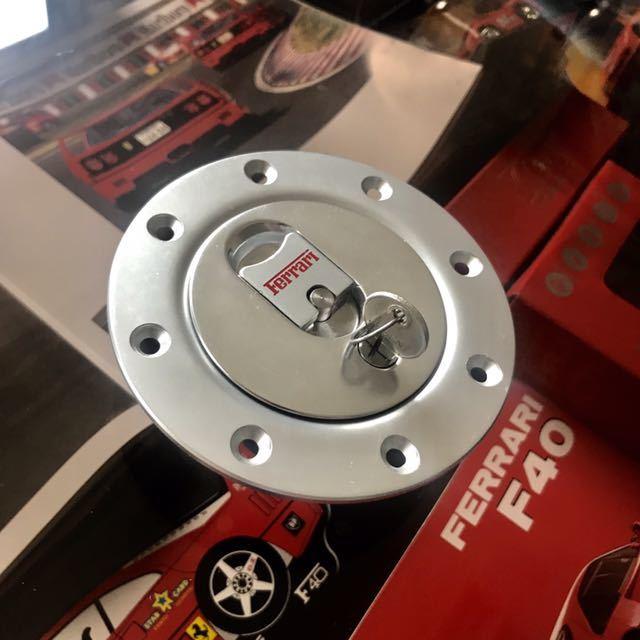 ★即決★ フェラーリ F40 純正 給油口 Ferrari コーンズ CORNES 入手困難 当時物
