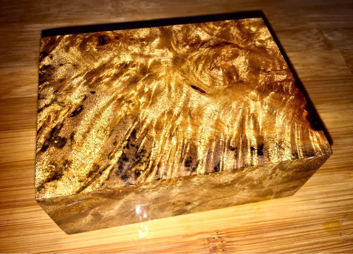 黄金樟 ブロック材/ミャンマーの三大国宝 銘木 希少材 瘤 杢 銘木 マーブルウッド(HK597)
