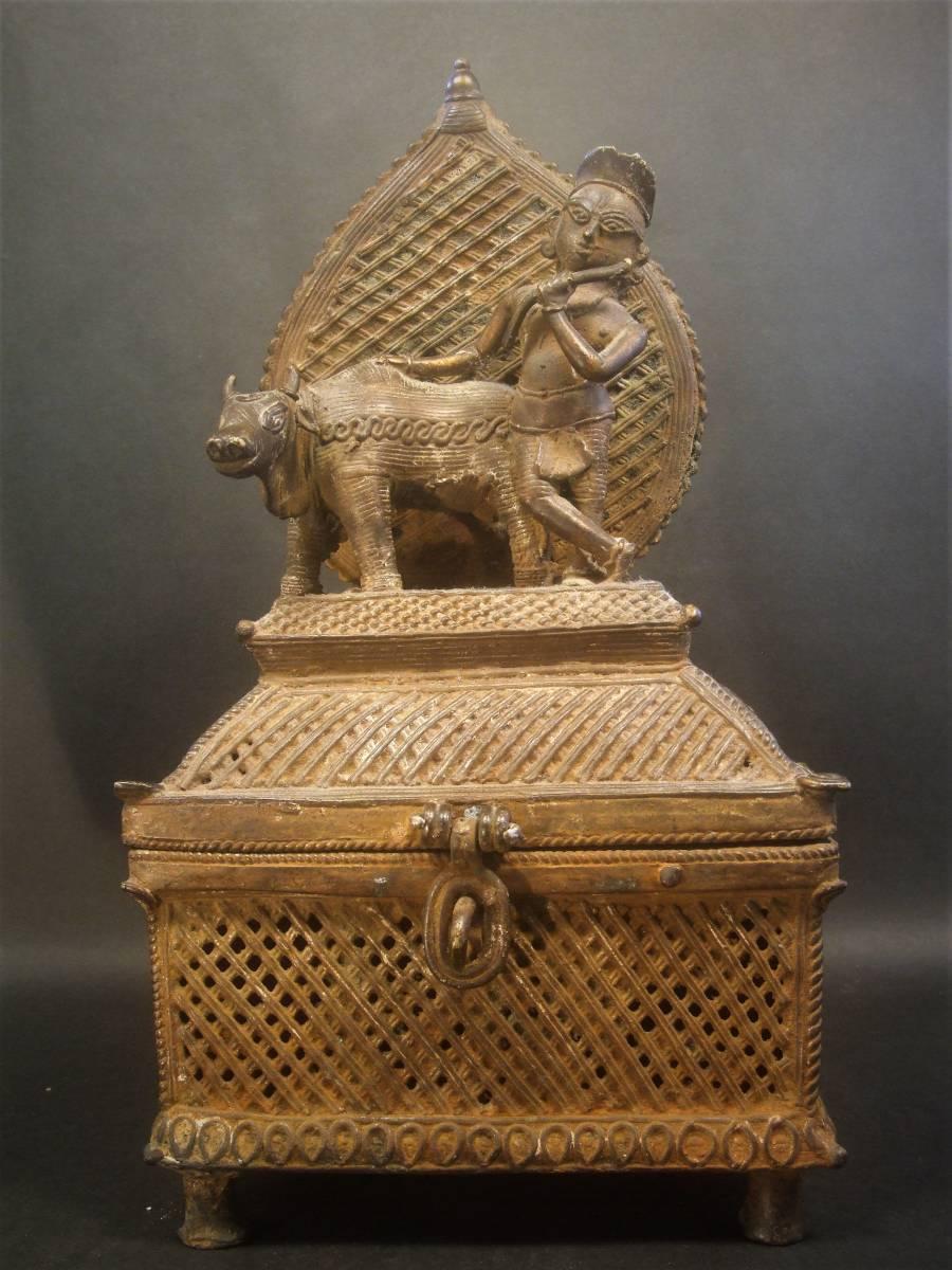 銅製 ナンディーとシヴァ神像 ヒンドゥー教美術 レアもの_画像2