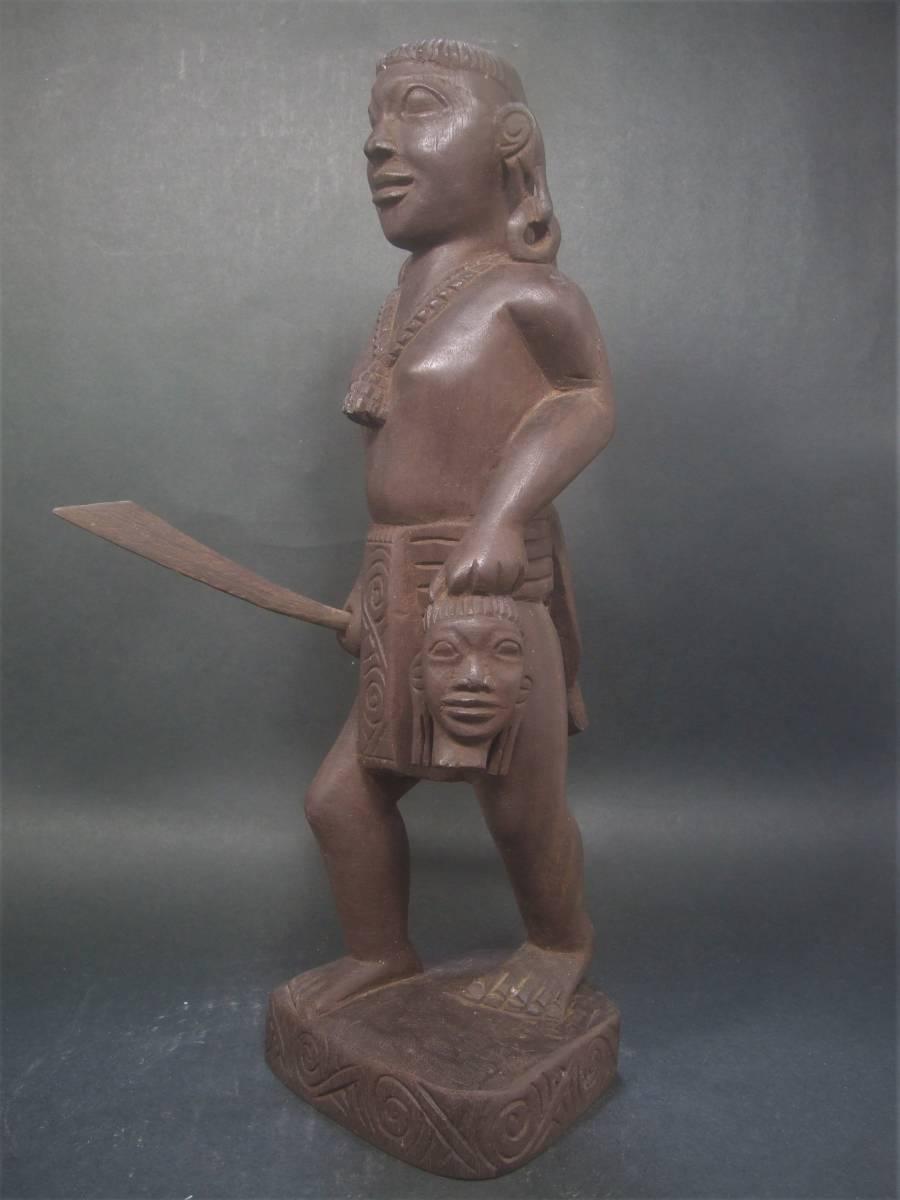 木製 アフリカ彫刻 首狩り族像 一点物_画像3