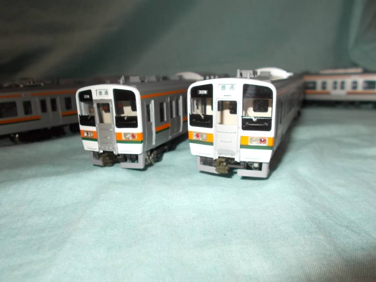 KATUMI模型店 211系 クハ211を先頭とする8両 ダブルデッカー編成_画像7