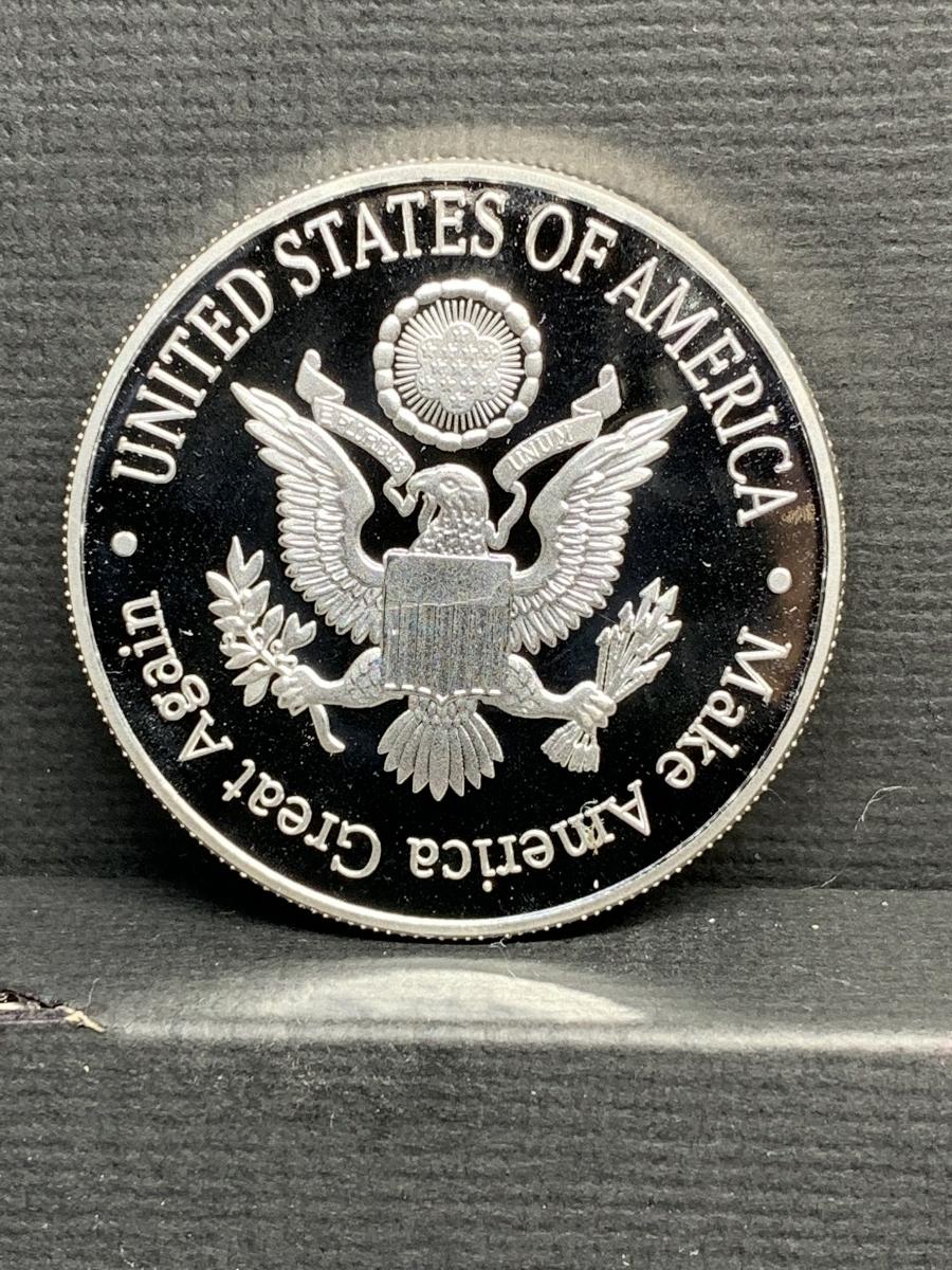 【Ωコイン】マイケル・ジャクソン Michael Jackson メダルグッズ 記念コイン シルバー色仕上げメッキ アメリカ l35_画像2