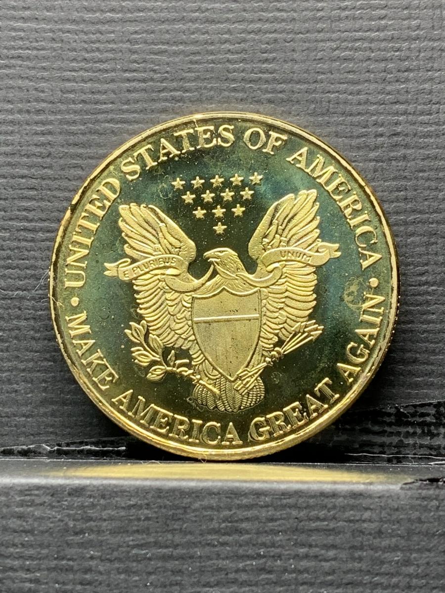 【Ωコイン】アメリカ ドナルド・トランプ大統領 ゴールド色系ver 共和党 検)非古銭硬貨貨幣金貨 レア記念 メダルグッズ 外国 m12_画像2