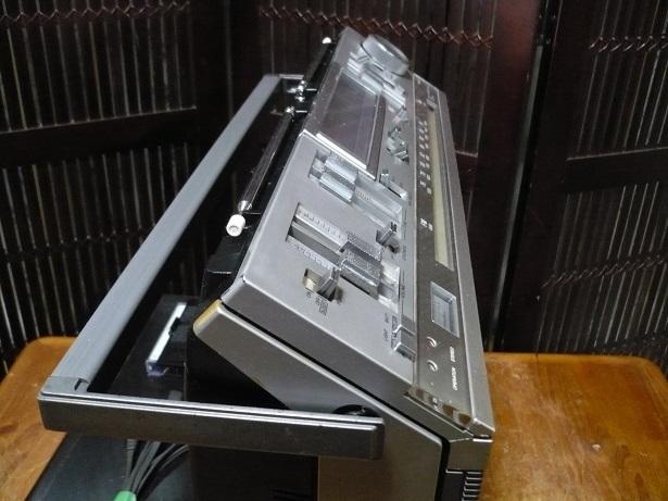 Винтаж SONY CFS-686 高級ステレオラジカセ 整備品 美品_画像9