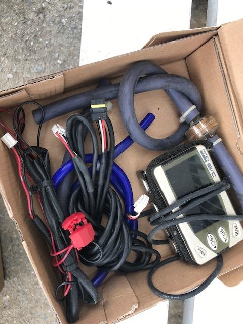HKS EVC4ブーストコントローラー!中古売り切ります。