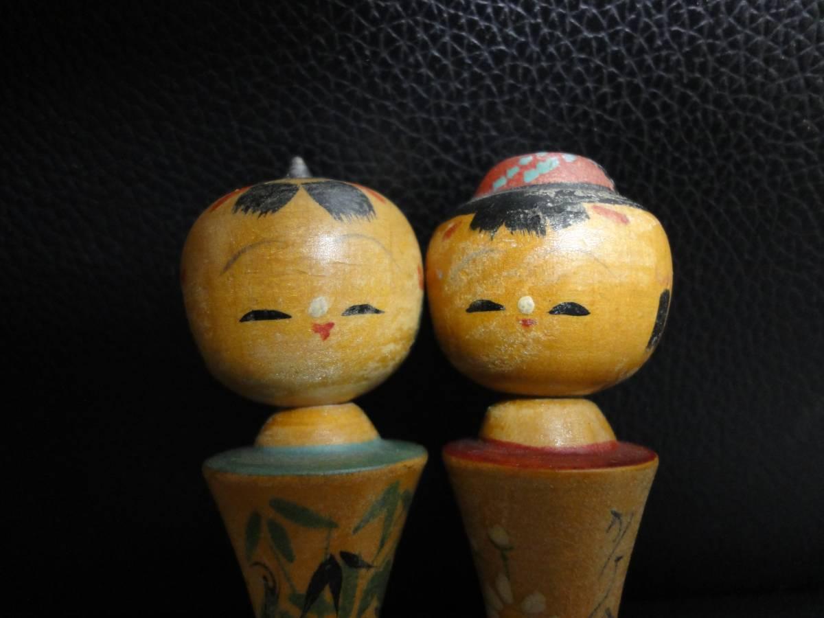 《民芸品》伝統工芸こけし 高さ:9cm 江の島 男の子と女の子セット 美しい木彫り彫刻 アンティーク・骨董品_画像6