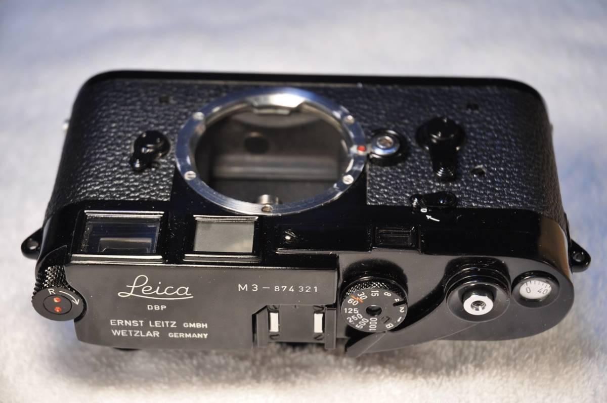 ライカ Leica M3 ダブルストローク 塗りたて OH及びシャッター幕交換済み ファインダープリズムも貼り直し済み。