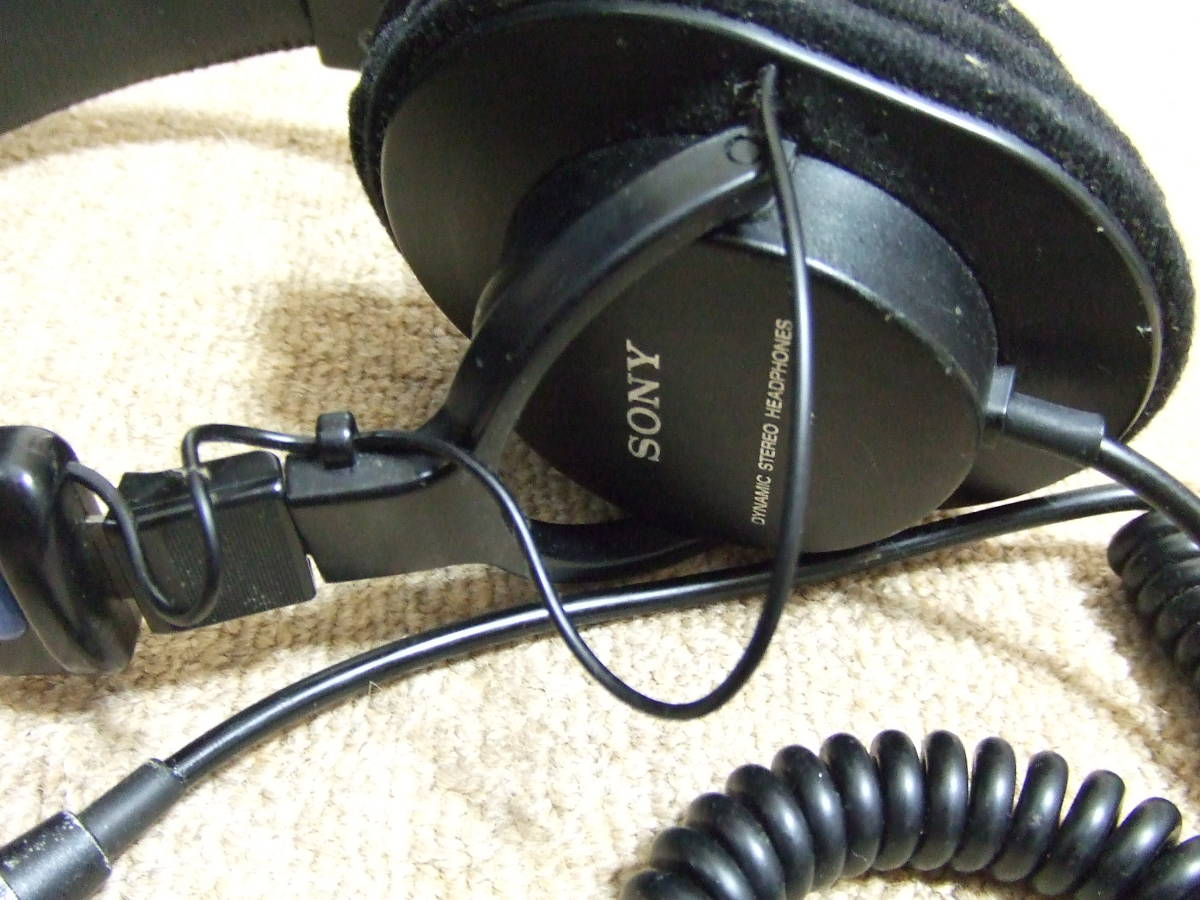 J506 SONY PROFESSIONAL スタジオモニター ヘッドホン MDR-7506 中古 _画像4