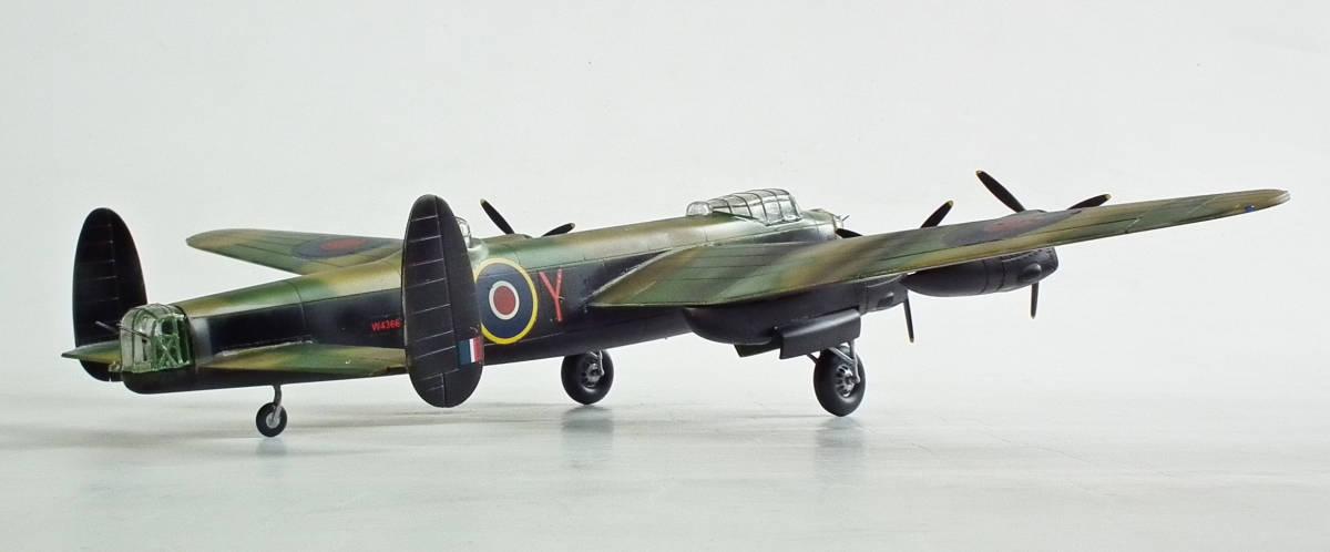 1/96 英 アブロ・ランカスター B1重爆撃機 106戦隊長機 完成品_画像4