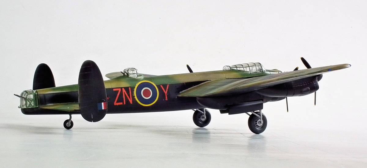1/96 英 アブロ・ランカスター B1重爆撃機 106戦隊長機 完成品_画像5