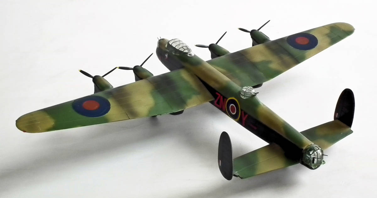 1/96 英 アブロ・ランカスター B1重爆撃機 106戦隊長機 完成品_画像8