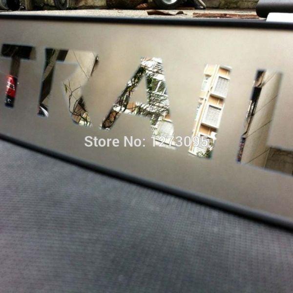 送料無料 【極薄】エクストレイル T32 ロゴ入り ステンレス リアバンパーガード ステップガード トランクガード 外装ガード 専用設計_画像4