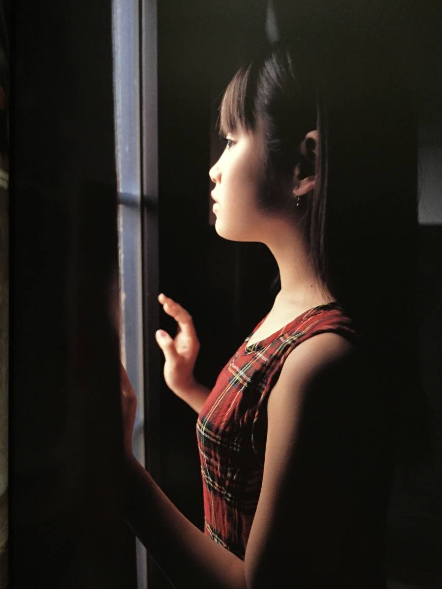 古本 帯なし 写真集 高橋愛 撮影:渡辺達生 モーニング娘。 アイドル あべこうじ 送料¥188~_画像9
