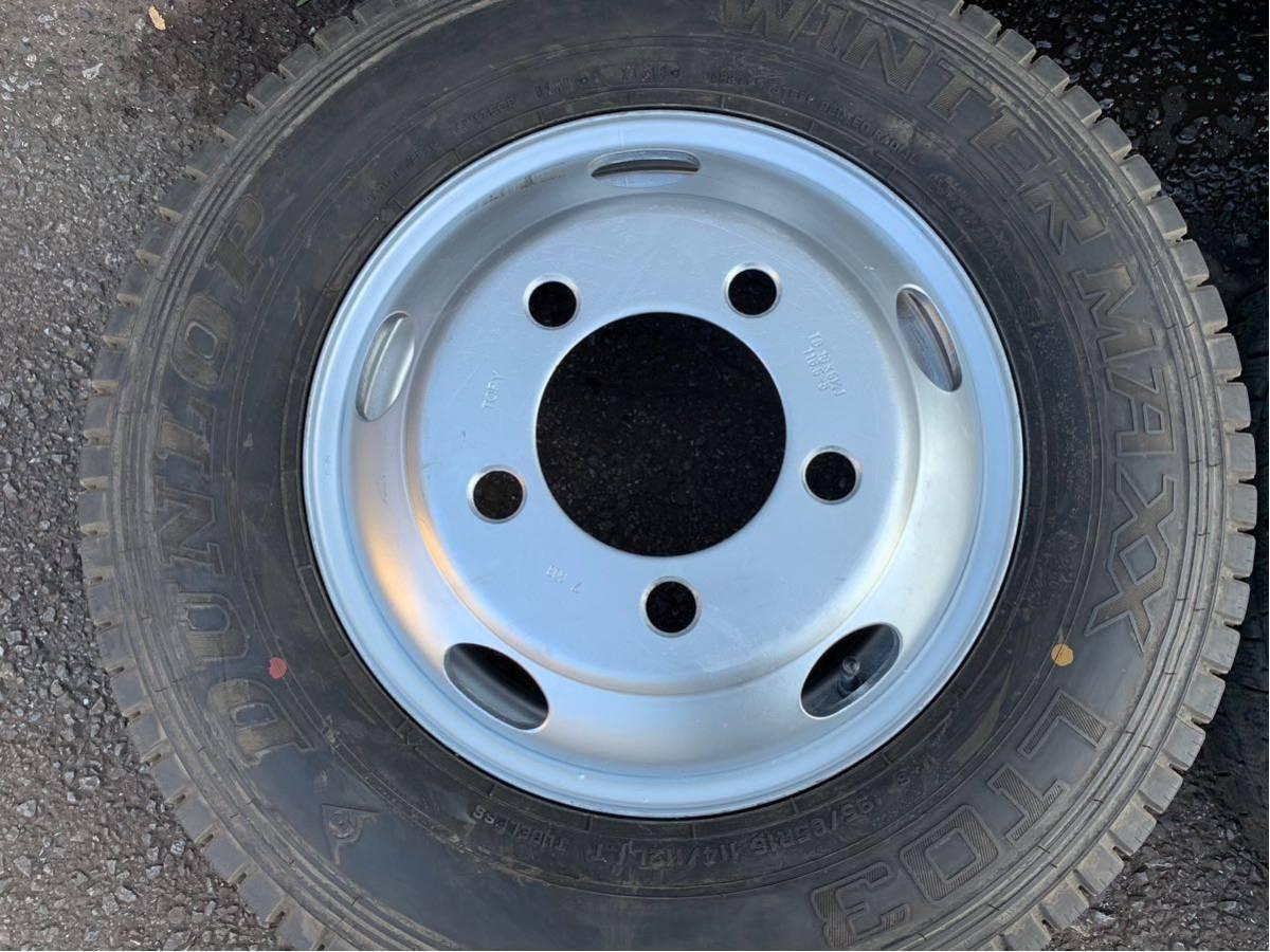 2トン いすゞ エルフ 195/85R16 114/112 L ダンロップ LT03 スタッドレス 2018年 16×5.5J 116.5-8 TOPY製 6本値段_画像3