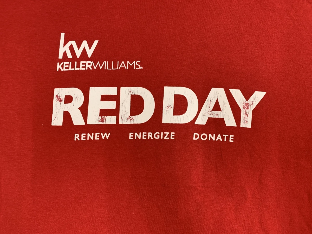 red day Tシャツ  アメリカ輸入品 USA古着卸 アメカジ サイズ 2XL BIG オーバーサイズ jerzeesタグ_画像2