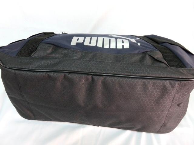 1 プーマ PUMA ボストンバッグ スポーツバッグ ブランド ネイビー ブラック ショルダー付 59cm 40L メンズ ボーイズ 旅行 人気 ジム_画像6