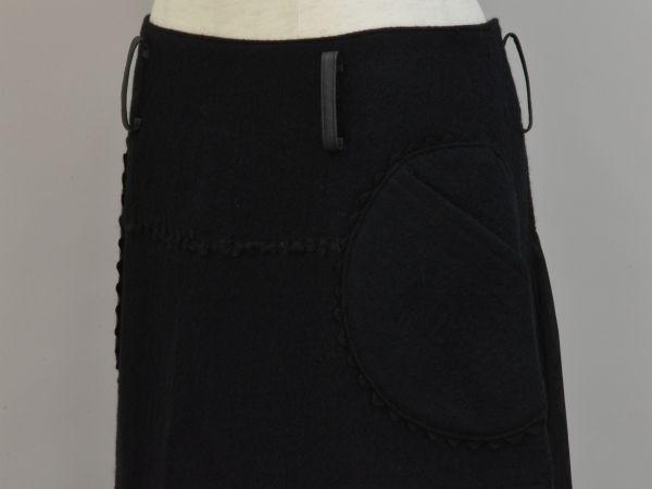 アルベロベロ ALBEROBELLO オレボレブラ OLLEBOREBLA うさぎさんパッチワーク刺繍 ウール スカート ブラック レディース F-M10631_画像3