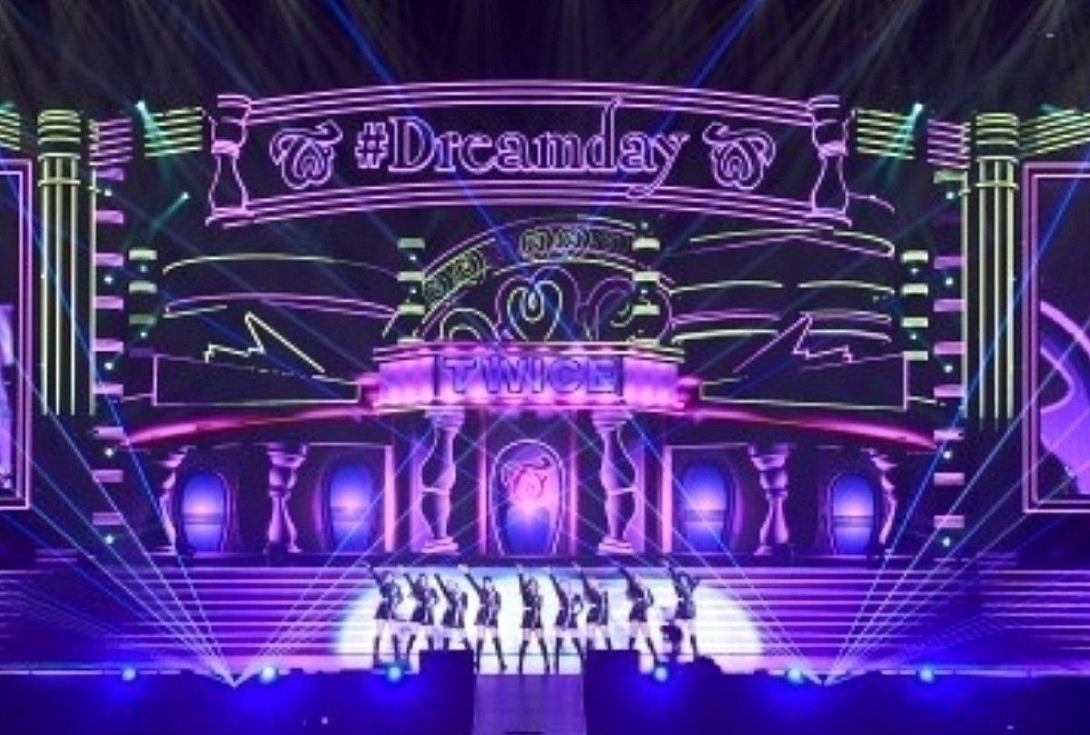 TWICE #Dreamday 東京ドーム ライブ LIVE+[BDZ etc PV/TV LIVE/情熱大陸] DVD 3枚組