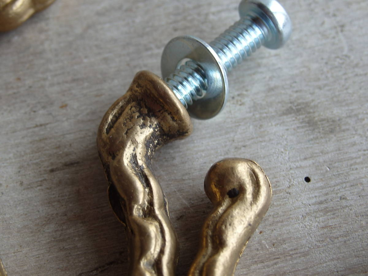 oフランスアンティーク フック 11個セット ブロンズ 青銅 まとめて 取っ手 持ち手 つまみ ゴールド 蚤の市 ブロカント 家具 パーツ_画像4