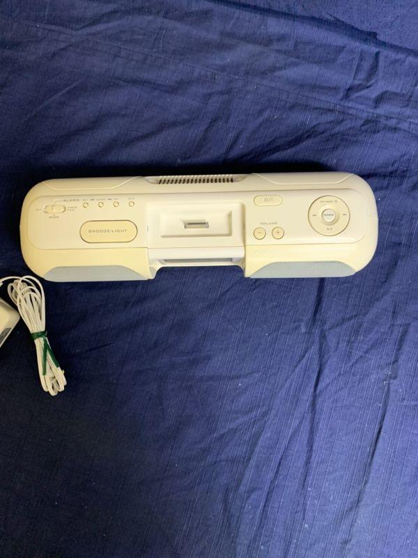 中古 現状 Victor ポータブルオーディオシステム RA-P10-W 動作品 2007年製 音出し確認済み リモコン欠品 音響機器 ビクター ☆U 60_画像2