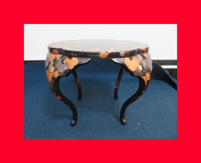 【古都京都】「蒔絵の卓C-325」家具・民具・調度品.蒔絵・置物・時代箪笥〝家〟_貝象嵌、蒔絵野有るお品です。
