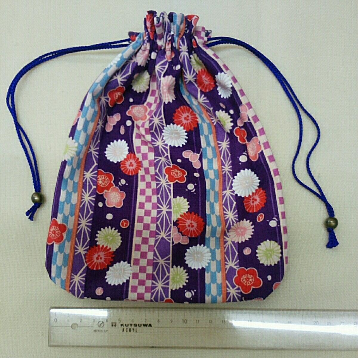 *手作り*和風巾着:和調花柄菊と梅:紫色:外国の方へのお土産などに