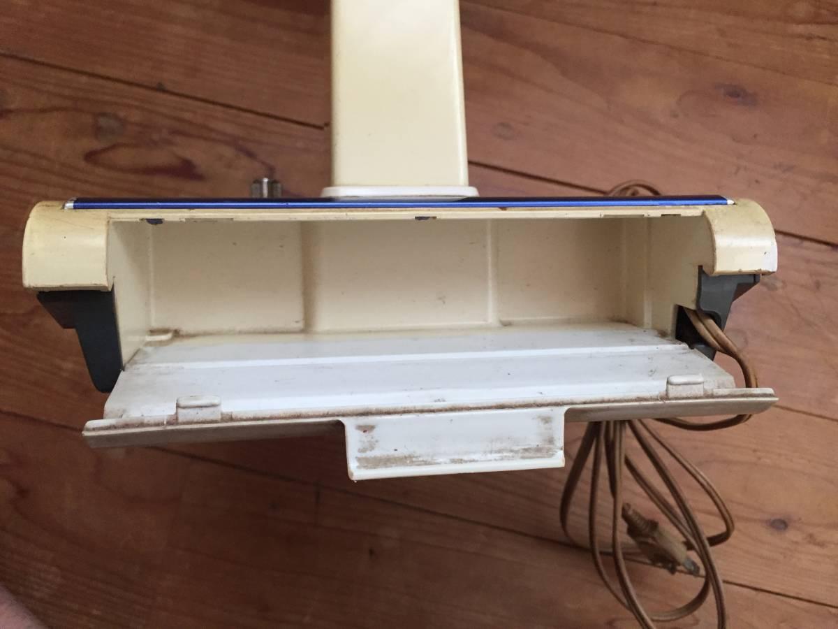 東芝 卓上扇風機 D-30AR 動作品 昭和レトロ 1975年製 4枚羽 青 アンティーク _画像6