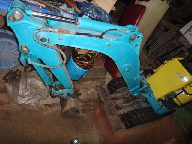 「クボタ K-008 ブレーカー配管付 可変脚 ミニ油圧ショベル ミニユンボ KUBOTA アワー少ない」の画像3