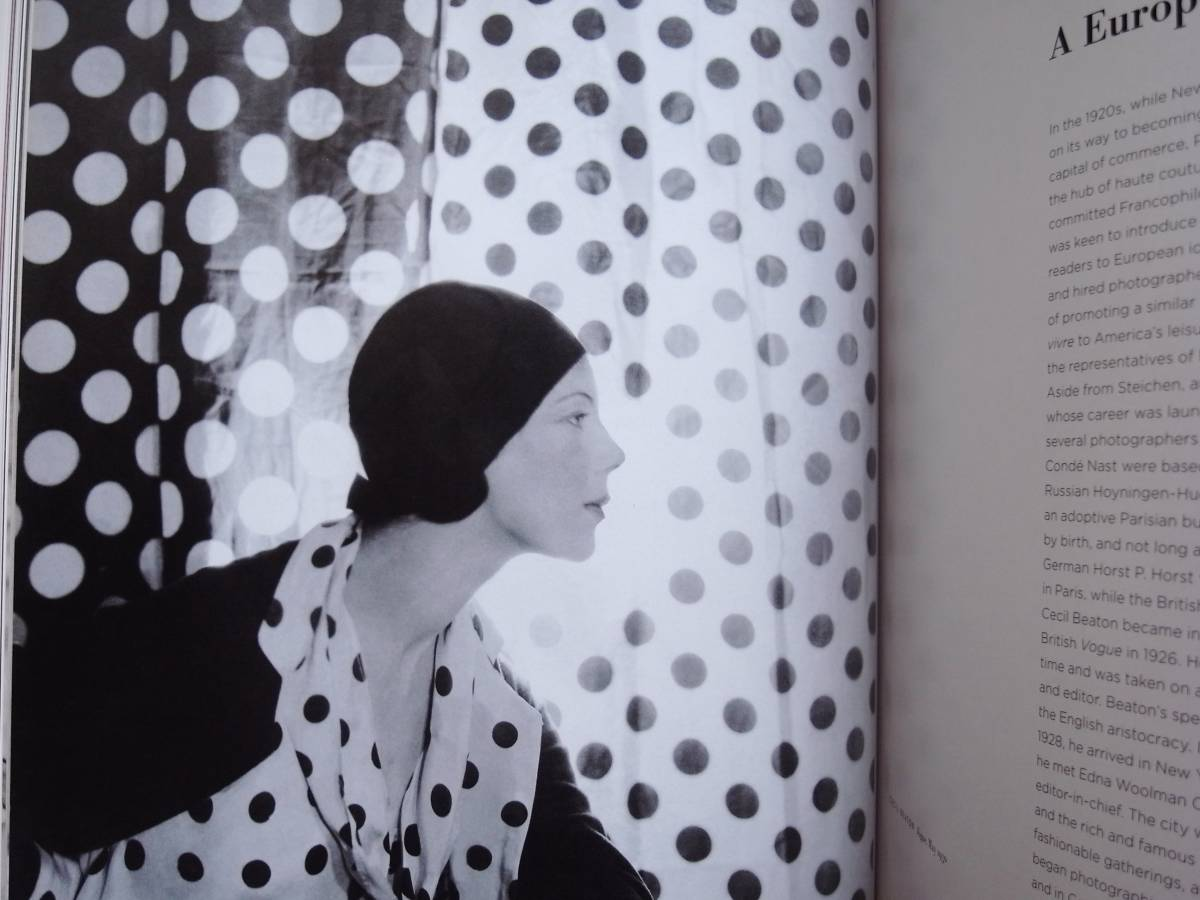 Coming into Fashion A Century of Photography at Conde Nast Erwin Blumenfeld Guy Bourdin Irving Penn_画像2