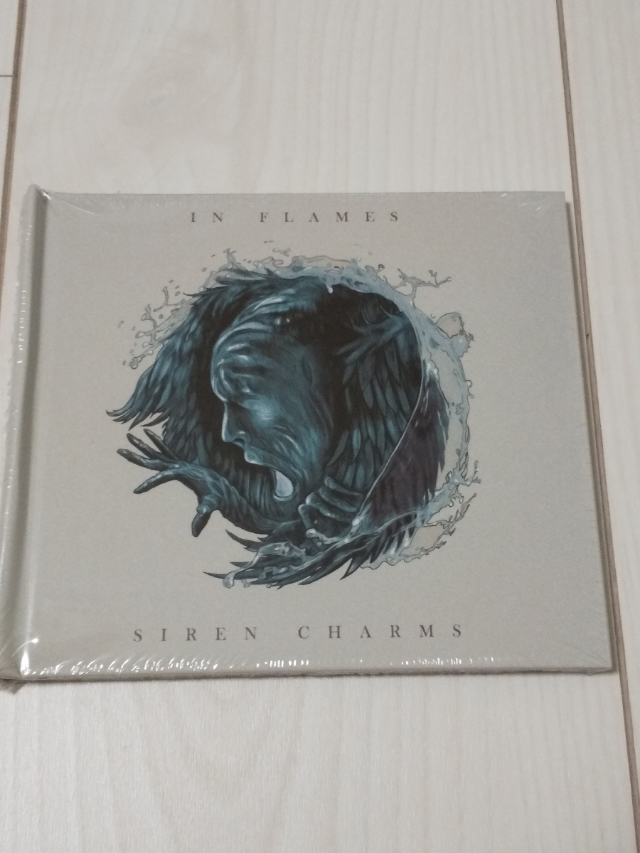 IN FLAMES 「Silen Charms」