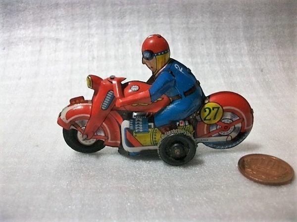 古猫】古いブリキのバイク●ゼンマイ式●91×27×高56㎜●昭和レトロ 輸出用玩具 MADE IN JAPAN 日本製