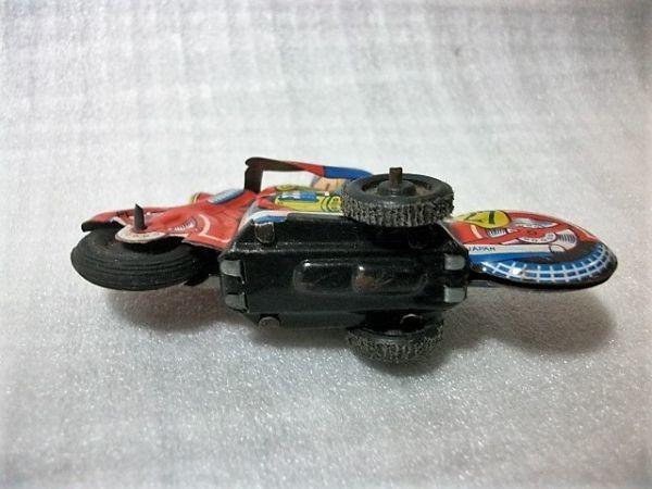古猫】古いブリキのバイク●ゼンマイ式●91×27×高56㎜●昭和レトロ 輸出用玩具 MADE IN JAPAN 日本製_画像5