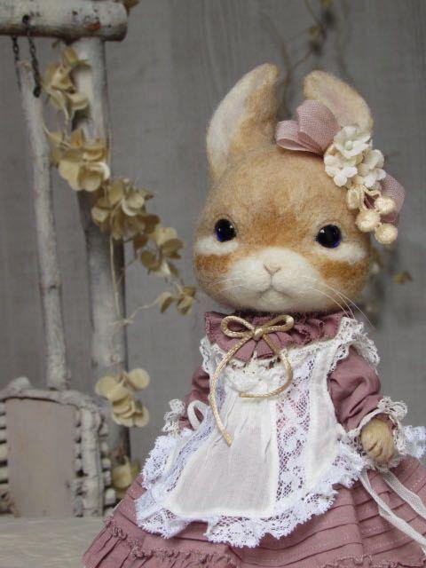 ウサギ 羊毛フェルト ハンドメイド pink dress