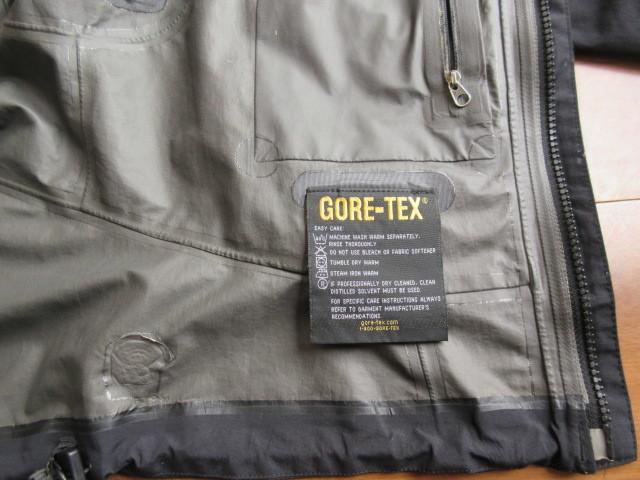 【GORE-TEX】☆MOUNTAIN HARD WEAR マウンテンハードウェア マウンテンパーカー レディース ブラック ゴアテックス_画像7