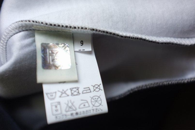 FENDI 新品!ネイビー長袖セーター クルーネック トレーナー子供服9A_画像5