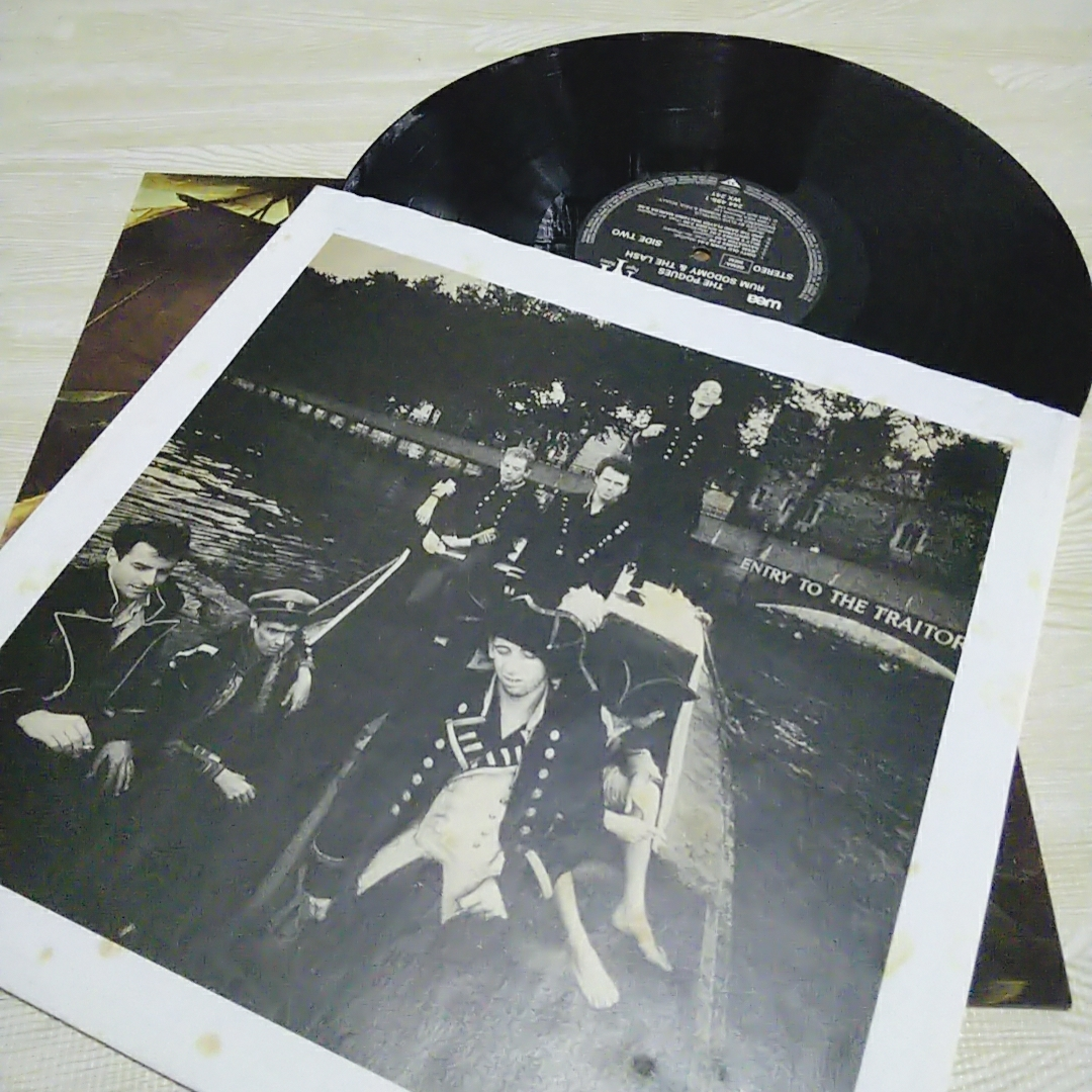 LPレコード■The POGUES■ポーグス・Rum Sodomy and the Lash 輸入盤 WEA 中古品_画像2