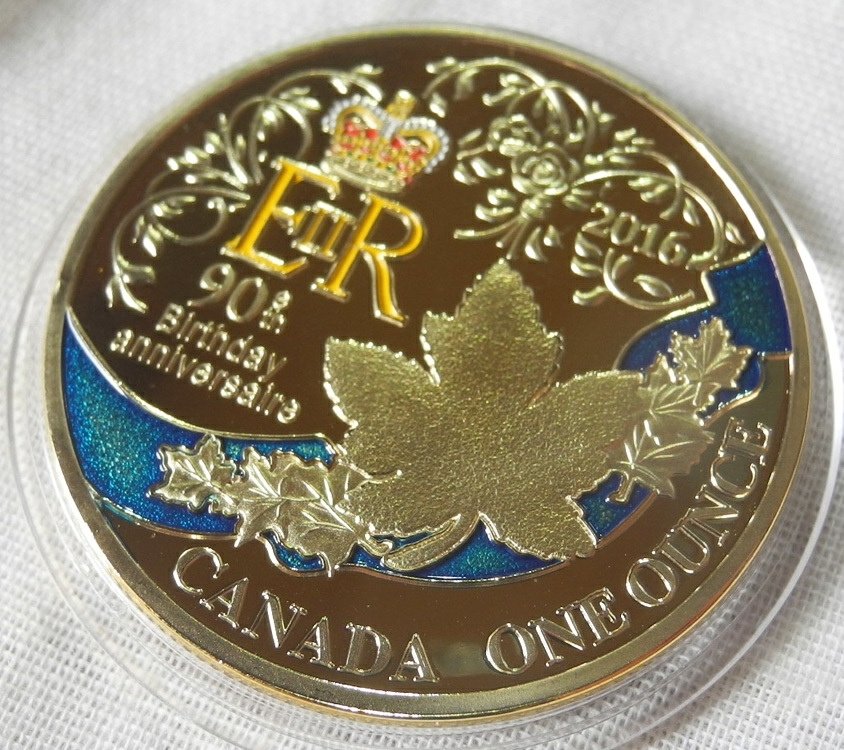 カナダ コレクションコイン エリザベス女王誕生90周年 記念金メダル カラー 1oz 1オンス 24金メッキ メイプルリーフ(検 金貨 プレゼント_画像3