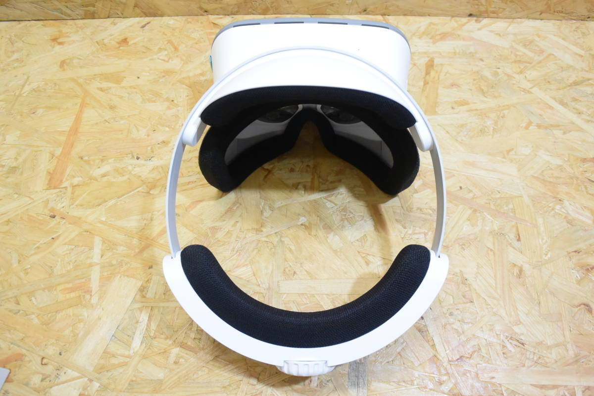 【美品】 Lenovo Mirage Solo with Daydream VR-1541F ムーンライトホワイト スタンドアローン _画像3