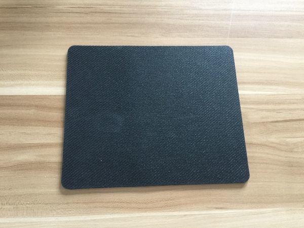 新品 「鈴木 愛理」 マウスパッド 「サイズ:22CM*18CM*0.3CM」 管理番号55_画像2