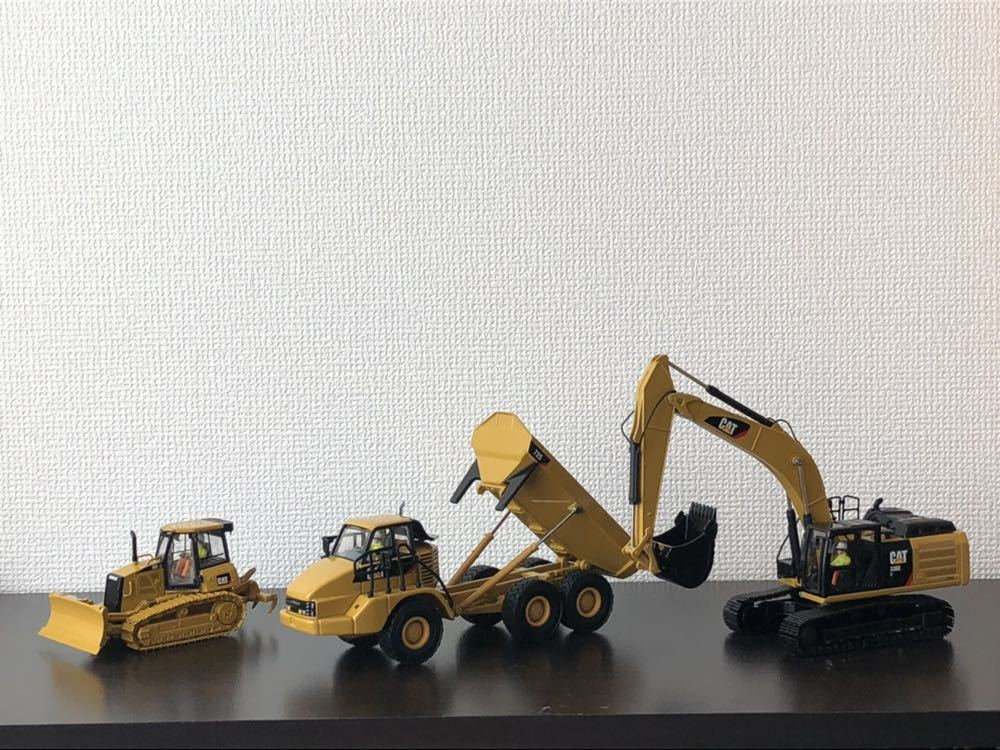 CAT 336E HYBRID(バックホー)CAT D6K(ブルドーザー)CAT 725(トラック)1/50スケール_画像5