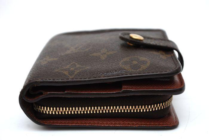 【美品 最落無】 ルイ ヴィトン Louis Vuitton モノグラム コンパクトジップ 二つ折り 財布 メンズ レディース 本物 美品 1円 定価約7万_画像6