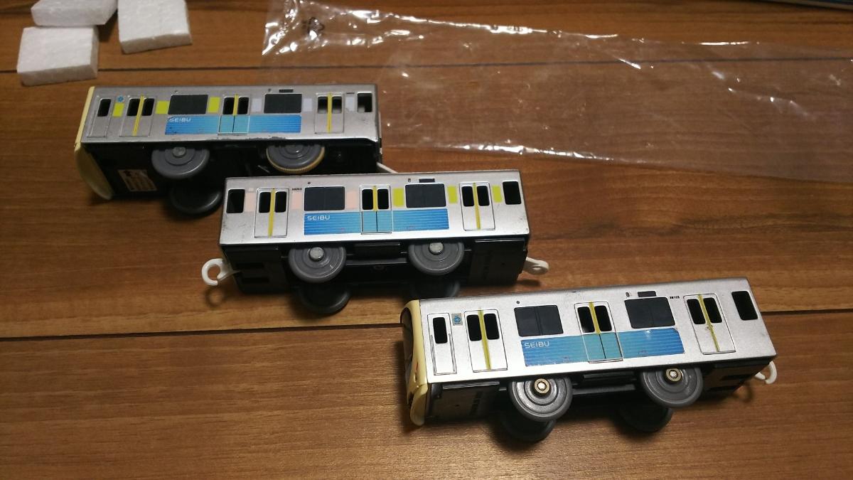 プラレール車両 西武鉄道30000系スマイルトレイン_画像4