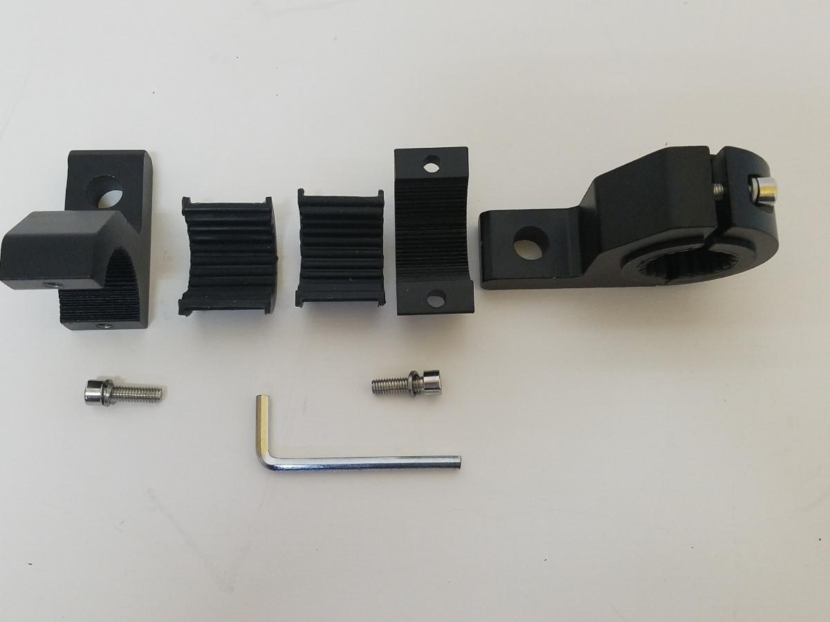 「全国送料無料 ボートデッキLEDランプ取付 ブラケット 2個セット 22/25/32㎜パイプに挟み込み型 鋳造アルミニウム 強度、耐久性有り」の画像3
