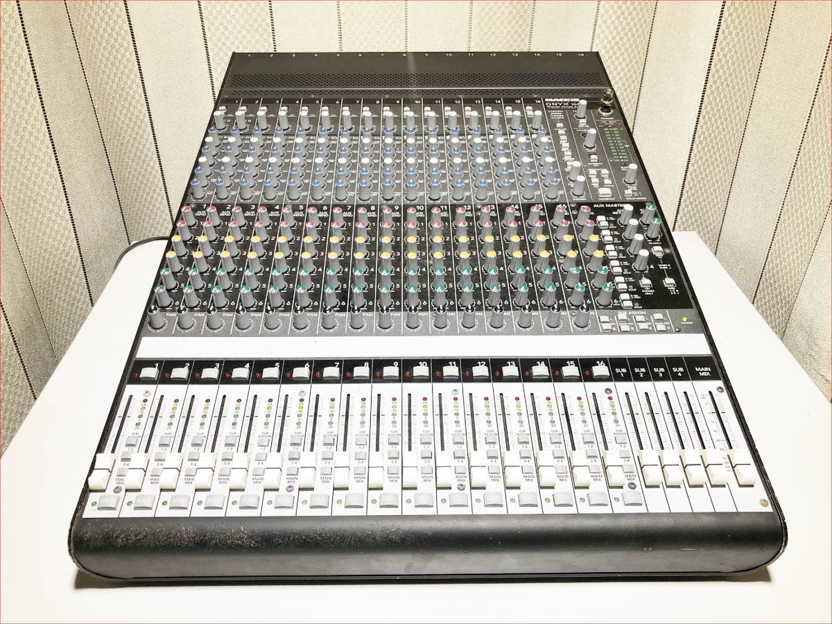 Mackie ONYX1640 中古動作品 16chアナログミキサー SN_OM8612