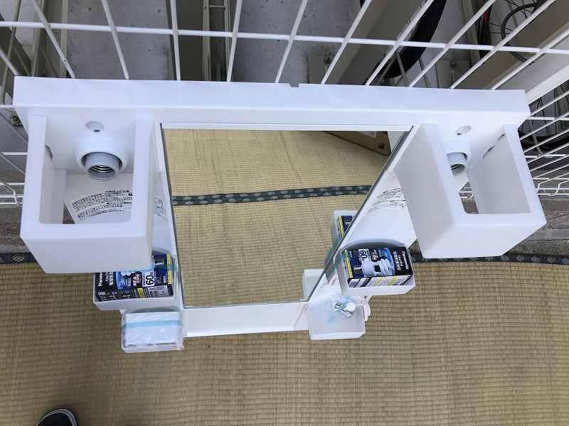 【新品・未使用】LIXIL(リクシル) 手洗台・洗面化粧台・ミラーキャビネット(幅60cm)☆「MFTX-601XF」☆直接引き取り可_画像5