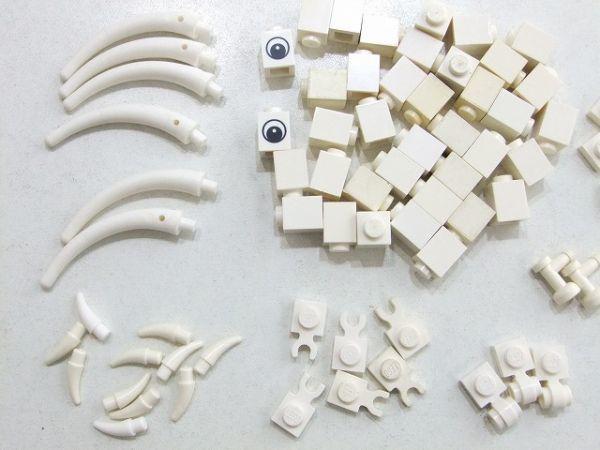 [WT196] 白 White 牙・爪・1 x 1 パーツ 種類 色々 約81個セット kg_画像2
