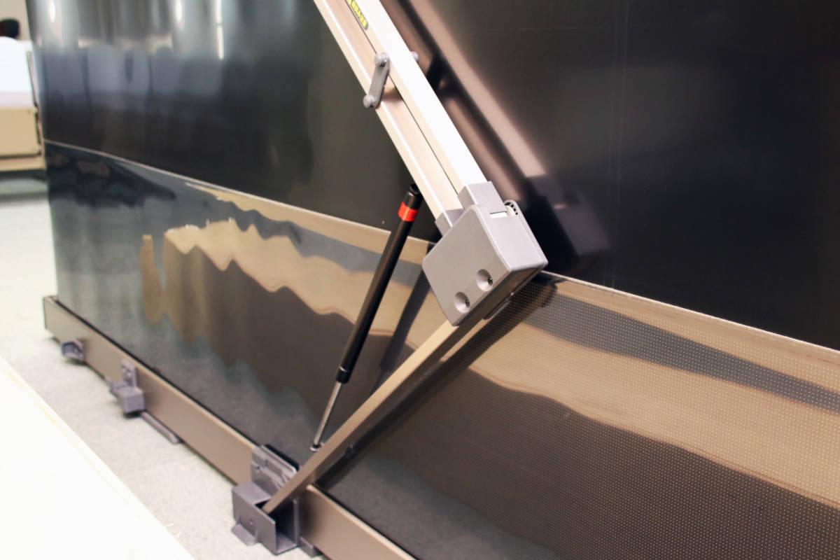 100インチ スクリーン IZUMI-KOSMO 「RS-100V」 プロジェクター_画像7